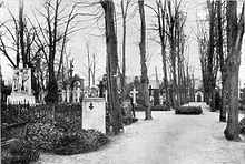 220px-Invalidenfriedhof_im_Jahr_1925[1]
