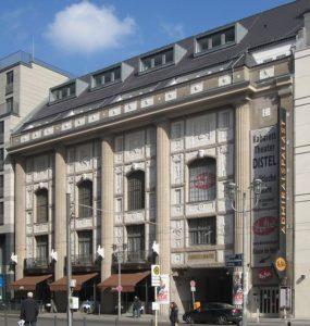 800px-Berlin,_Mitte,_Friedrichstrasse,_Admiralspalast_02[1]
