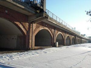 Berlin's Stadtbahn, underneath the arches